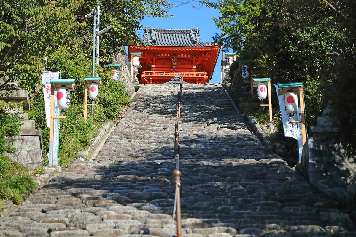 Isaniwa-jinja Shrine